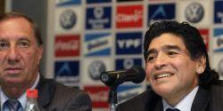 Ex-técnico da Argentina, Carlos Bilardo não é informado sobre morte de Maradona
